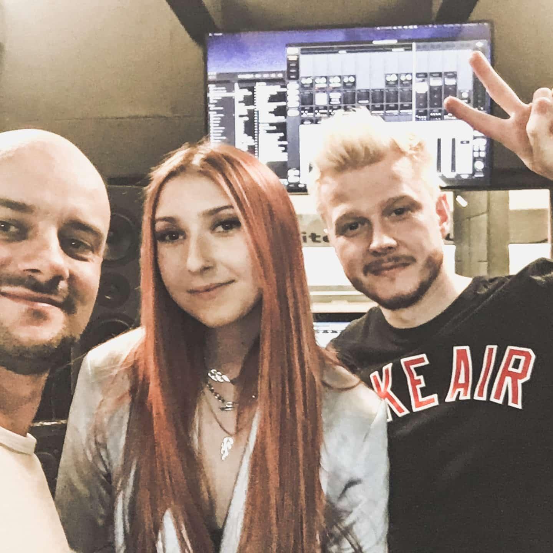 MURCIX B.R.O i Jarosław JARO Baran w studio nagraniowym